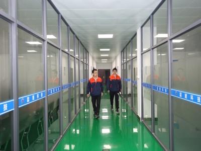 喆堃办公室走廊